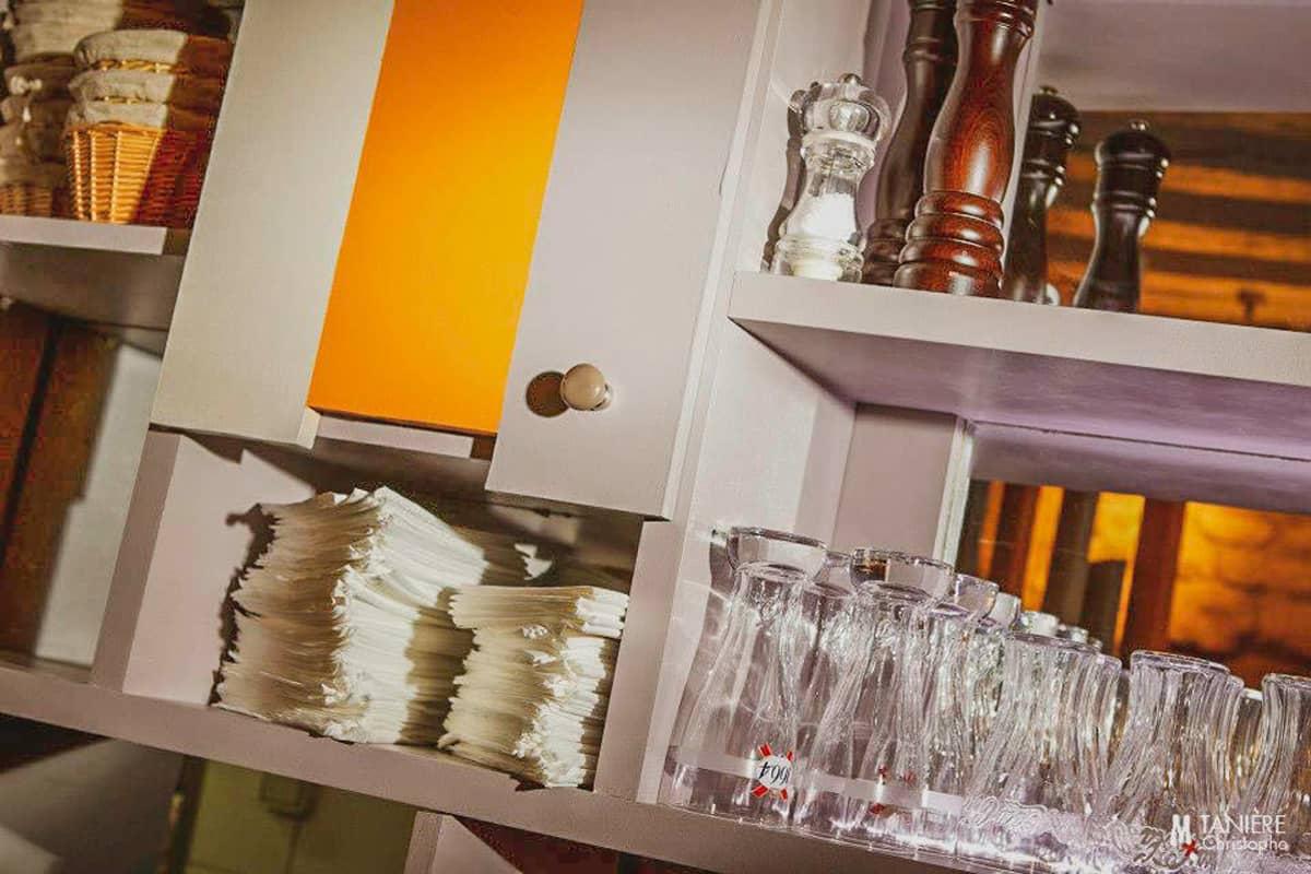 3abcrea-Meuble de rangement du restaurant Evi Evane